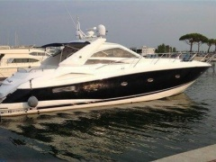 Sunseeker Portofino 53 Hard Top Yacht