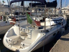 Hunter 376 Yacht a Vela
