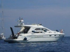 Sealine F44 Flybridge Yacht