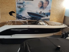 Sea Ray 250 SunSport SSE Imbarcazione Sportiva