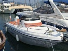 Ranieri 22 Shadow Deck-boat
