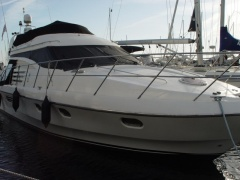 Birchwood 450 Challenger Flybridge Yacht