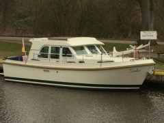 Linssen Grand Sturdy 29,9 Sedan Barca Dislocante