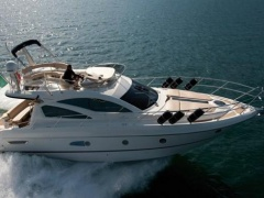 Cranchi Flybridge 43 Fly Flybridge Yacht