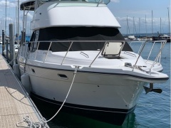Bayliner 3587 Aft Cabin Yacht a Motore