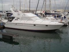 Fairline Phantom 41 Iate a motor