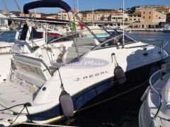 Regal Marine Commodore 2665 Sportboot