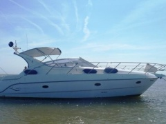 Sessa 35 Fly Flybridge Yacht