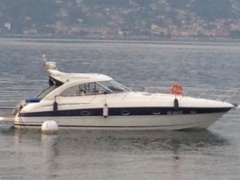 BAVARIA 38 HT SPORT Hard Top Yacht