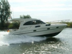 Galeon 330 HT Yacht a Motore