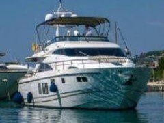 Fairline Squadron 78 Flybridge Yacht