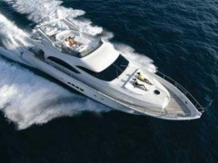 Dominator 68 S 24 Yacht a Motore