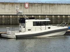 Paragon 31 Fly Flybridge Yacht