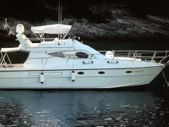 Azimut 37 9 Fly Flybridge Yacht