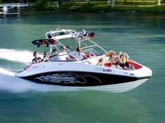 Sea-Doo Sea Doo Wake 230 Tower Bateau de sport