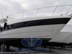 Pershing 46 HT Hard Top Yacht