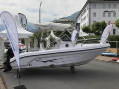 Ranieri International Shadow 19 Bateau à moteur