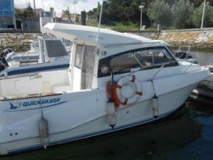 Quicksilver 640 Weekend barco cabinado