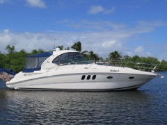 Sea Ray 390 Sundancer Motoryacht