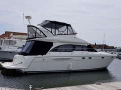 Meridian Yachts 411 Sedan Flybridge Yacht