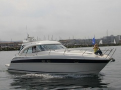 Bavaria Motor Boats 42 Sport HT Hard Top Yacht