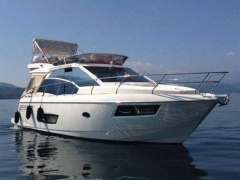 Absolute 43 Fly Flybridge Yacht