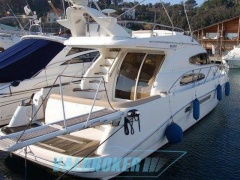 Sealine T47 Flybridge Yacht