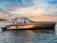 APEX 60 Yacht a Motore