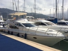 Astondoa 464 Flybridge Yacht