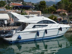 Fairline Phantom 40 Flybridge Yacht