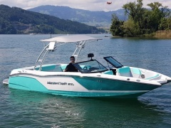 MasterCraft NXT22 Saltwater Wake and Surf Wakeboard / Esquí Acuático