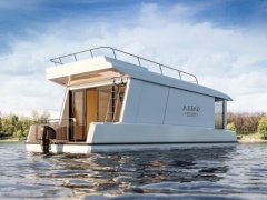 Gallaxy 10 House Boat