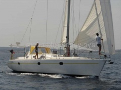 Universal Yachting Yacht Yachting 44 Yacht à voile