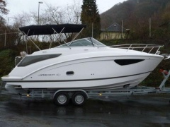 Regal 26 Express Sportboot