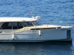 Greenline Hybride 33 Aurore Hard Top Yacht