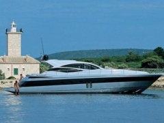 Pershing 62 Hard Top Yacht