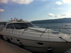 Elan 35 Power Hard Top Yacht