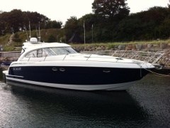 Bavaria 42, IPS, hydr. Badeplattform Hard Top Yacht