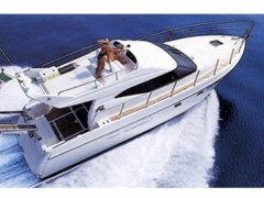 Azimut 40 Fly Flybridge Yacht