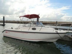 Boston Whaler Boston 210 Conquest Barco desportivo