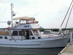 Hampton Trawler 42 Flybridge Yacht