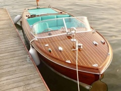 Chris Craft Capri 21 Runabout