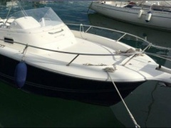 White Shark 248 N zeau Deck Boat