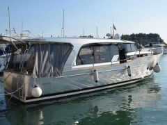 Greenline 40 Hybrid Hard Top Yacht