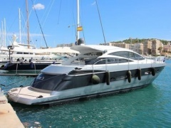 Pershing 56' Yacht a Motore