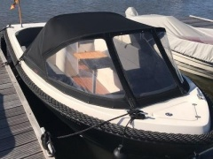 Admiral Boats 565 Tender XL Runabout