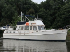 Grand Banks 42 Motoryacht White turtle Barca Dislocante