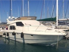 Ferretti 150 Fly Flybridge Yacht