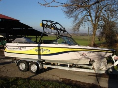 Correct Craft Super Air Nautique 210 - 2002 Wakeboard / Water Ski