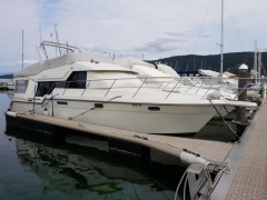 Carver 370 Voyager Motor Yacht